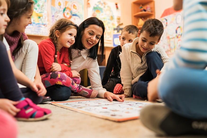 bambini ad un corso di inglese di inlingua Sassari