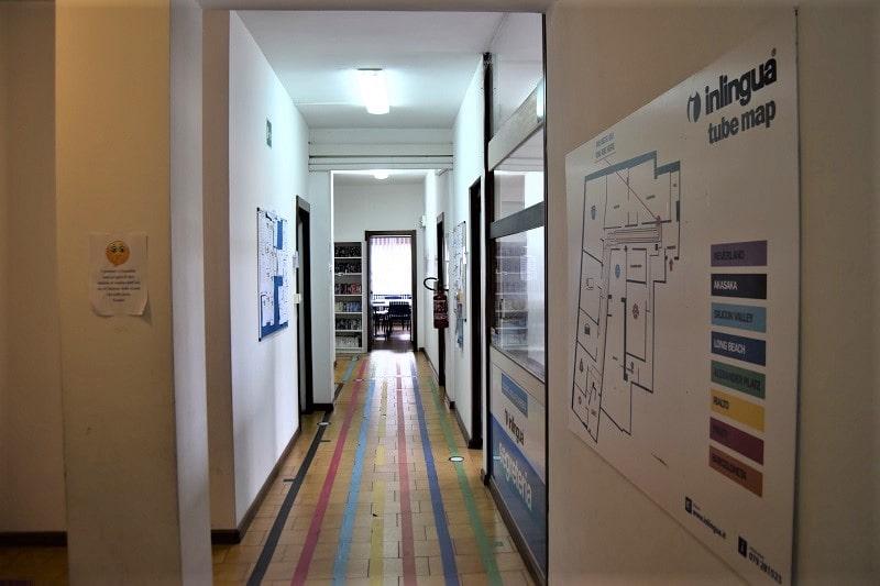 inlingua-sassari-corridoio-aule